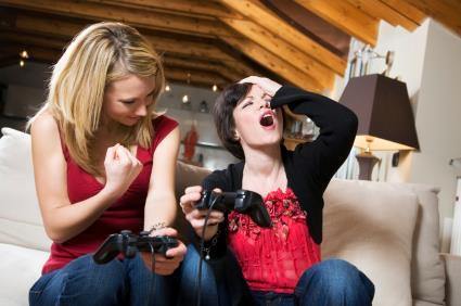 Scène imaginaire : soirée jeux-vidéo entre filles