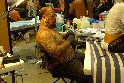 Les tatoués les plus impressionnants sont souvent les tatoueurs.