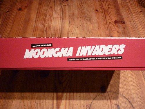 Moongha Invaders : Les monstres atomiques sont parmi nous ! #4