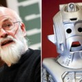 Terry Pratchett et Cyberman dans The Guardian sur Doctor Who